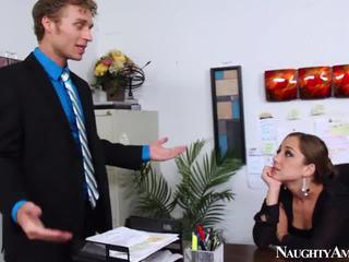 Remy lacroix - 辦公室 他媽的