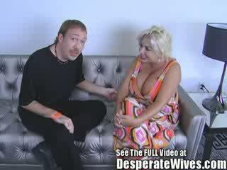 Coura manželka claudia marie gets fucked podle špinavý d a swallows jeho horký load na jizz