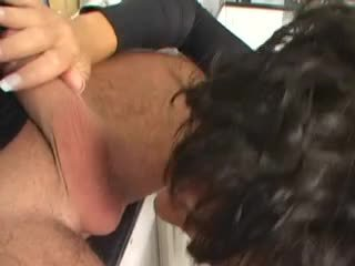 blowjobs, any brunettes nice, full facials free