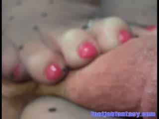 Daisy gives him a poka dot Pantyhose Foot job