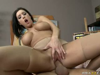 Sexy Floozy Dylan Ryder Widens Her Crack And Likes The Hard Pole In Her