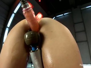 Long Legged Presley Hart Has Her Bald Cooter Machine Got Laid