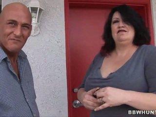 Kövér lány van giving egy fej