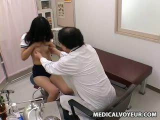 女学生 医生 examination sp.
