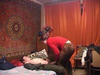 Ruský zralý maminka a ji chlapec! amatér!