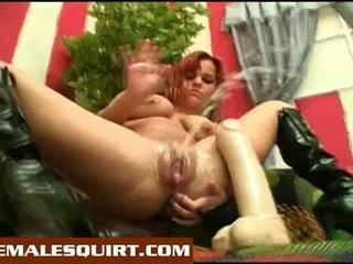 Seksi anak ayam panas solo squirting masturbations
