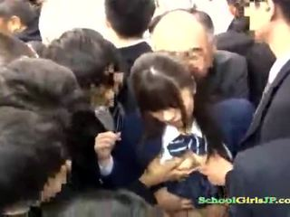 Asia murid wedok gets her pasuryan gang banged in a bis