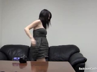 Noseče punca rit zajebal s fake kasting agent