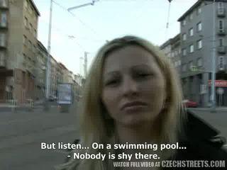 Čehi streets - ilona takes sīknauda par publisks sekss video