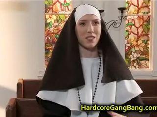 ブルネット, 集団セックス, フェラチオ, アナル