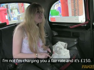 Dumb amateur tricked by the taxi driver