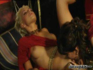 porno modely, porno herečka, pussy lízání