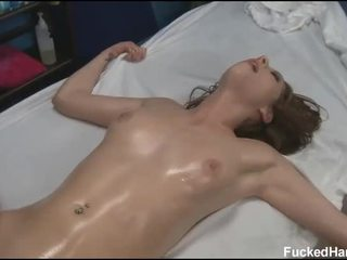 E lezetshme 18 vit i vjetër aziatike vajzë