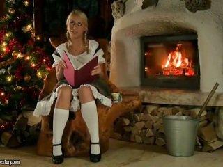 Nikky thorne سخيف nearby santa