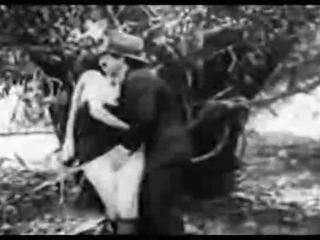 Antično porno 1915 a brezplačno vožnja