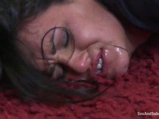 นมโต ทารก ได้รับ โดนลงโทษ โดย hung policeman