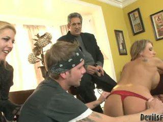 Nikki Sexxx Blonde Babe Performing A Hard Suck Job