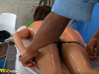 Massagem gaja fodido doggy estilo