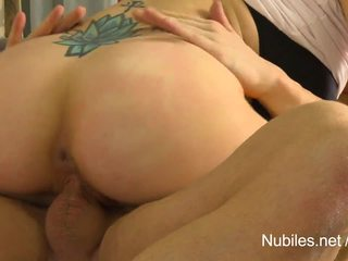 Sexy blonde Sierra Day toys her fucked pussy