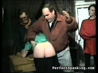 पर्फेक्ट स्पॅंकिंग proposes आप हार्डकोर सेक्स पॉर्न दृश्य