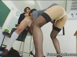 Futanari tipu gets sucked!