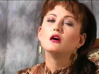 कोकेशियन पॉर्न