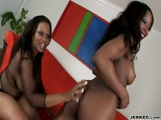 Bootylicious Blacksome Babe Stacey Cash Teases Her Girlfriend With Her Ravishing Melons