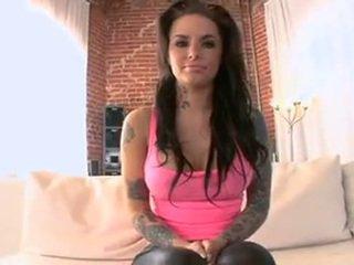 Amazing body! Christy Mack says she likes sex