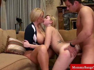 cougar, mama, threeway