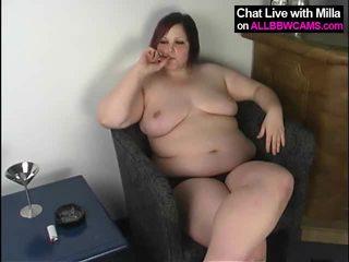 大きな美しい女性 プッシー cigar と vodka 1