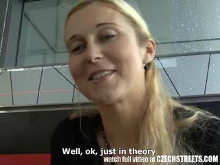 체코의 streets - 금발의 엄마는 내가 엿 싶습니다 picked 올라 에 거리 비디오