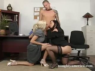 Busty Blonde Gina Lynn Shares A Long Hard Rampenis With This Guyr Ally