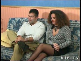 Французька недосвідчена пара doing анал секс в передній з нам
