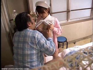 Азиатки дама медицинска сестра воайор секс