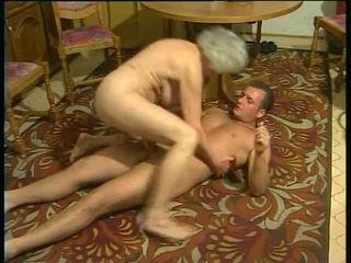 Sexy với sừng grannies video