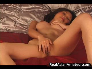 Nice Looking Asian Amateur Naked Dildoing