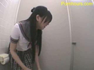 เอเชีย นักเรียน ร่วมเพศ ใน สาธารณะ ห้องน้ำ