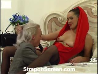 Helena ja randolph mindblowing strapon film