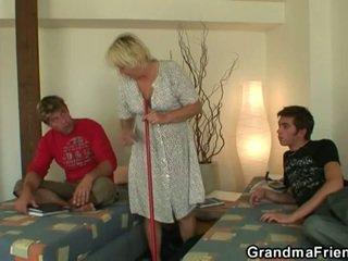 чортів, ромашка, гарячої мама, домогосподарка