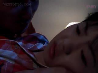 Arap anal creampie gets kancacı teased içinde undies içinde onu uyku