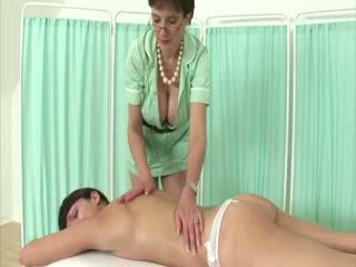 Domins doesnt give happy endings to sub during her massage