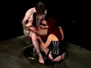 Mistress is punishing useless submissive