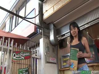 Caldi oye loca video starring marcellinha moraes, abril santamaria, ginyer alvarez