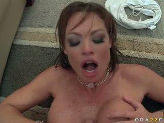 湿 热 孩儿 rhylee richards widens 她的 slits wider 和 likes 该 公鸡 在 她的