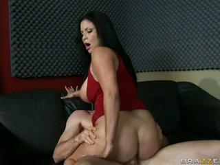 Appealing Brunette Sophia Lomeli Cant Live Out Of The Warmth Of Her Man's Sauce On Her Mouth