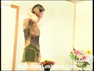 Ninette এবং laura হতচেতন পায়ুপথ ঈর্ষা আরো বেড়ে আইন