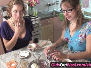 lesbians, babes, fingering