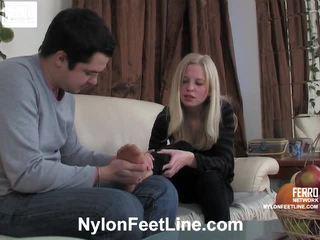 Paulina a adam pančušky footfuck film
