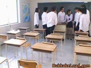 College school teacher Rei Shina loves