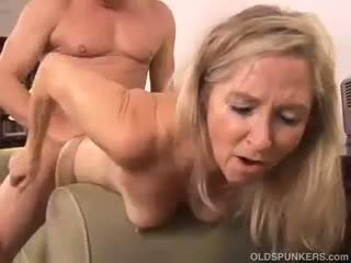 Mature pussy hand job tubes